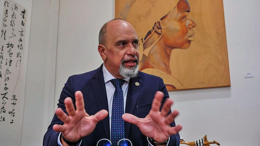 «La Universidad debe contribuir a elevar la oferta cultural de la ciudad»