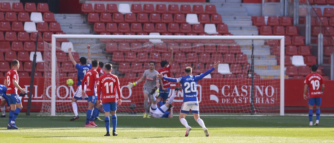 El gol del Oviedo en El Molinón