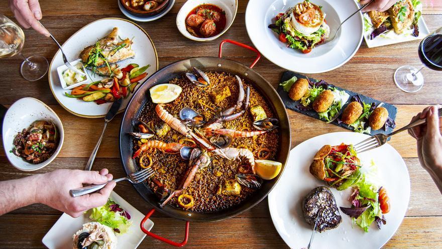 Restaurantes en Ibiza: paellas, arroces y pescado fresco en el Restaurante Regina