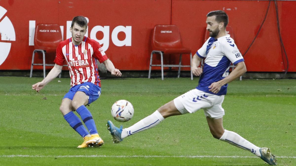Guille Rosas, en el Sporting-Sabadell.