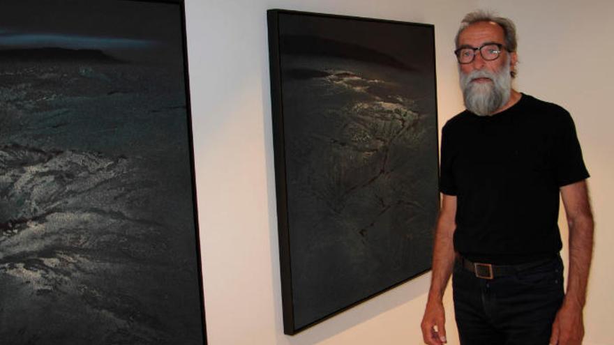 Ildefonso Aguilar presenta en El Almacén sus pinturas sobre Islandia y Lanzarote