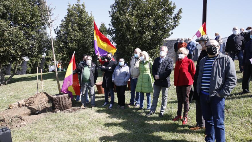 Celebración en El Sucu del 14 de abril