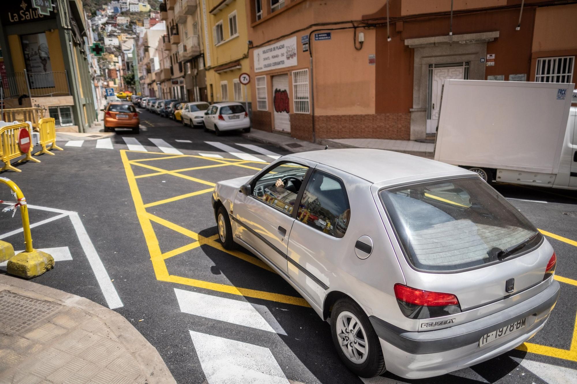 Recorrido por la primera y segunda fase de la avenida de Venezuela, que se reabre al tráfico