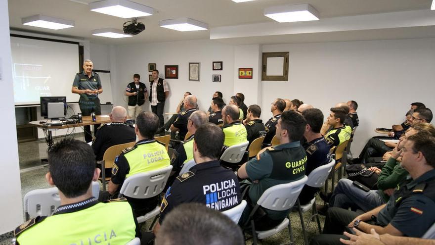 Guardia Civil y Policía Local se coordinan para combatir la ciberdelincuencia