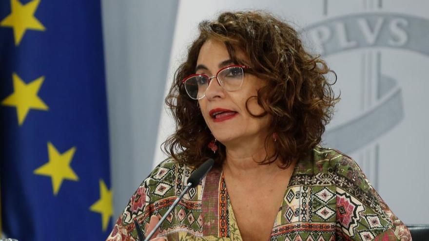 El Gobierno asigna 1.704 millones a las autonomías para atender el déficit de 2019