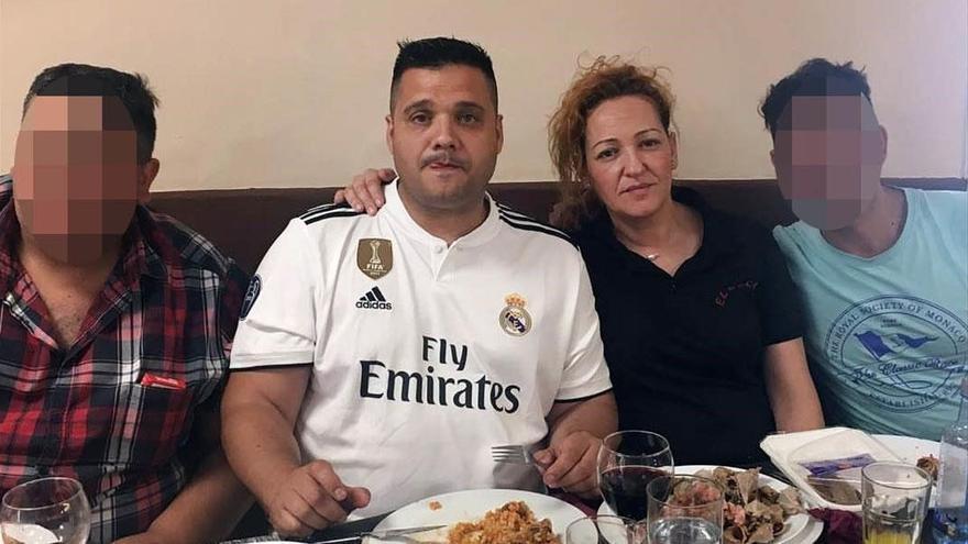 Dejó morir a su pareja diabética y grabó la agonía con el móvil