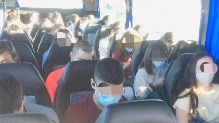 """Usuarios de la línea de autobús Zamora-Salamanca denuncian """"el elevado número de viajeros"""" en cada trayecto"""