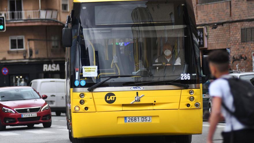 Los autobuses interurbanos y de pedanías volverán a la normalidad el próximo viernes