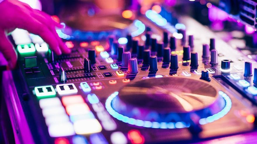 El concejal de un pueblo de Castellón renuncia a la política para ser DJ