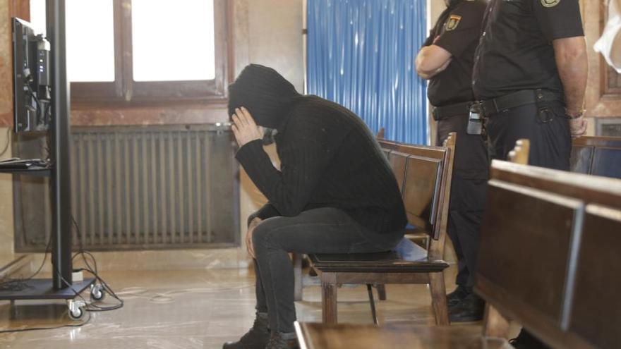 El acusado de quemar viva a su pareja en Alcúdia acepta 30 años de cárcel