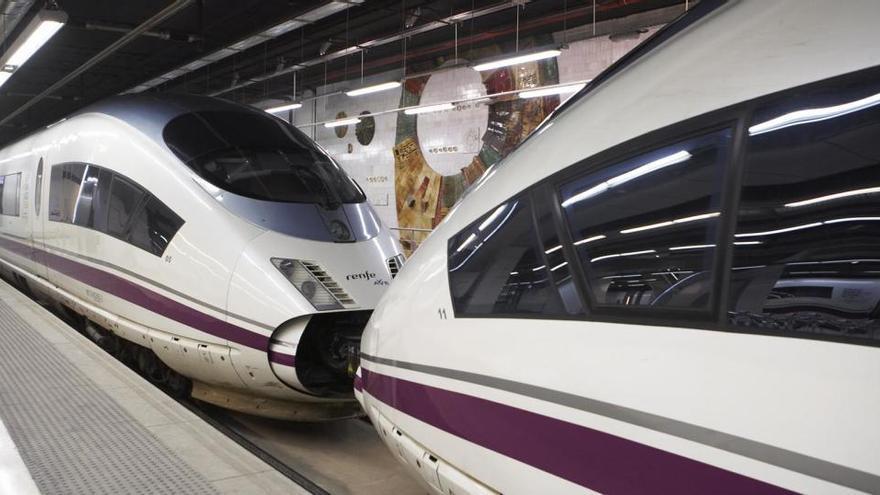 Renfe incorpora cuatro nuevos servicios de AVE entre Barcelona y Madrid
