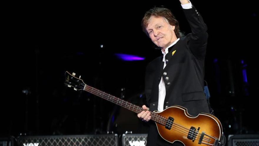 McCartney presenta su último disco en un concierto sorpresa en Nueva York