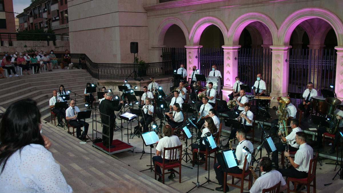 Concierto de la Banda Municipal de Música en La Merced, anoche.