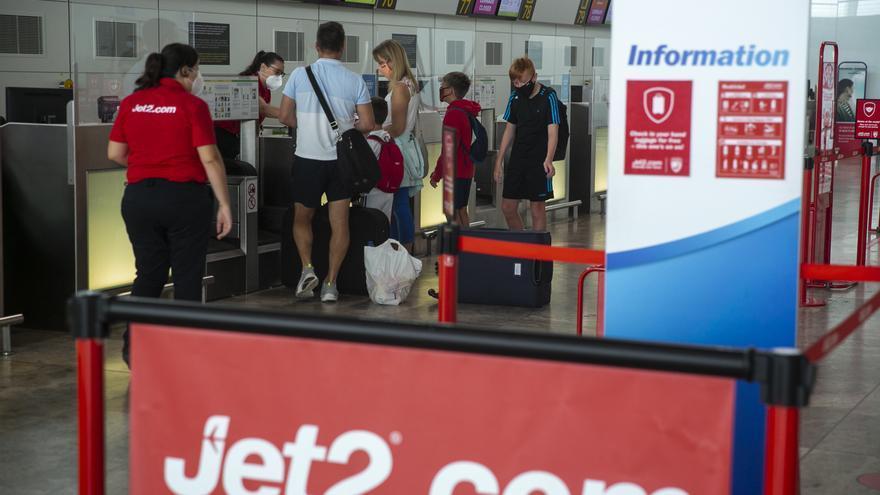 El nuevo  retraso del regreso de la compañía Jet2.com bloquea la posible recuperación del turismo británico hasta julio