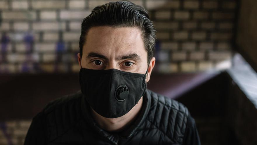 El Gobierno quiere prohibir las mascarillas con válvula