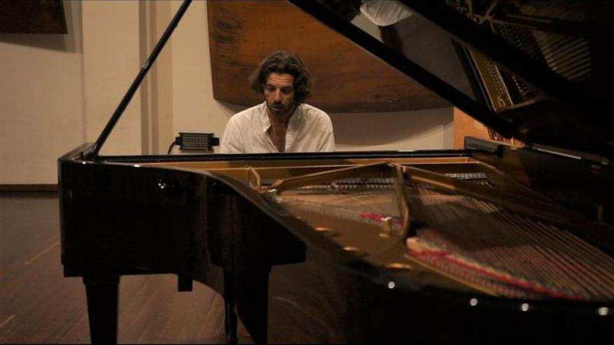 Javier Laso se sube a las tablas del Paraninfo para homenajear a Beethoven