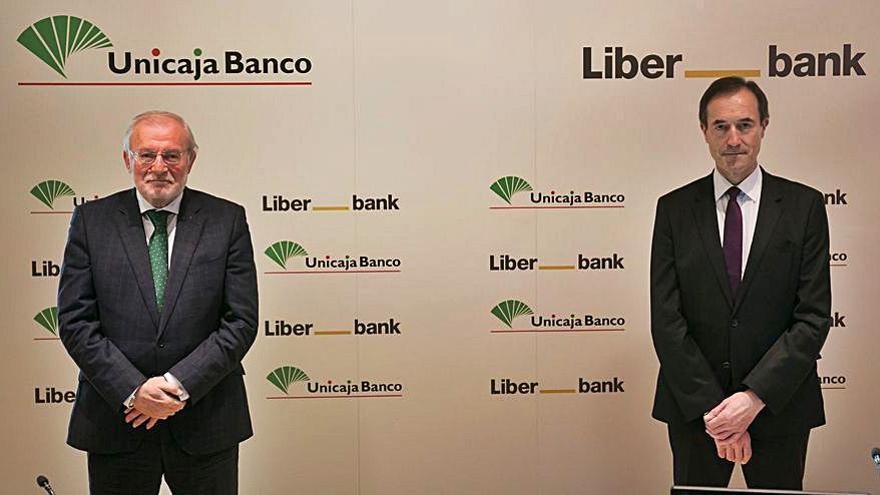 Liberbank y Unicaja culminarán la fusión en la última quincena del mes