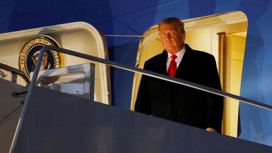 Los demócratas y 10 republicanos dan luz verde al segundo 'impeachment' contra Trump