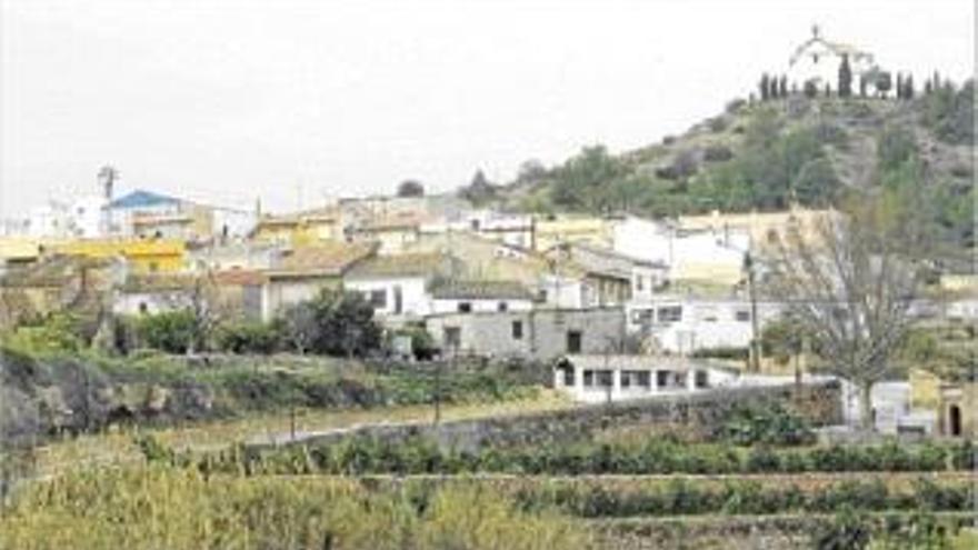 Más de cien vecinos de Alfara se quedan 14 horas sin luz