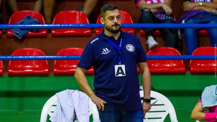 """Suso Gallardo: """"El defender título de la EHF European Cup es una obligación"""""""