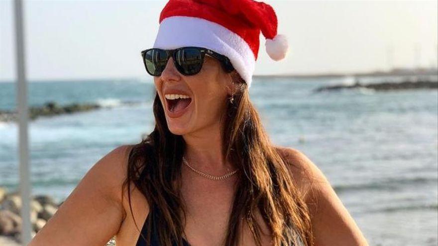Anabel Pantoja despide el año con una sensual foto en 'topless' en Gran Canaria