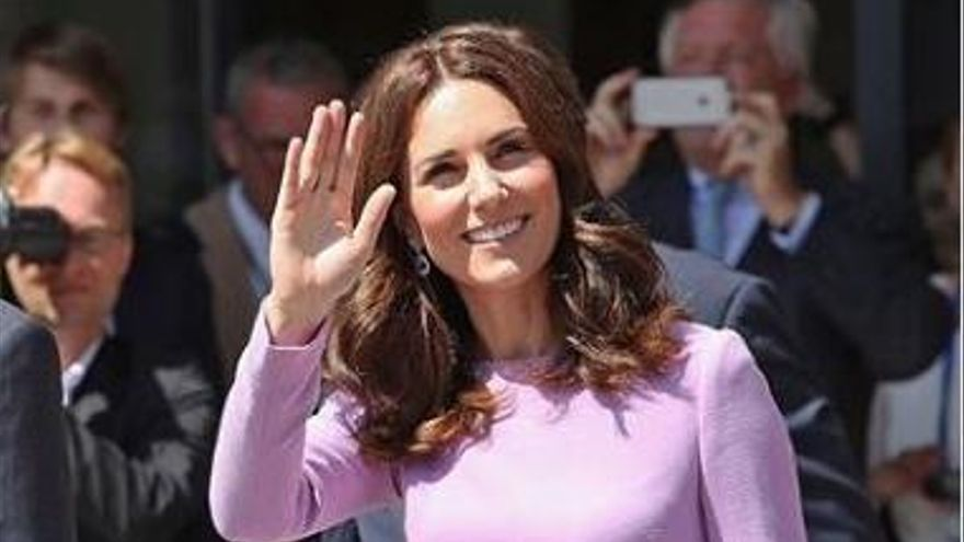 Kate Middleton publica su imagen más tierna con su hija Charlotte