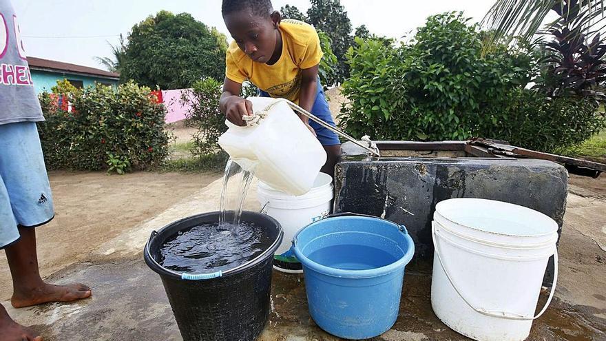 Apoyando acciones que garantizan el agua en países en desarrollo