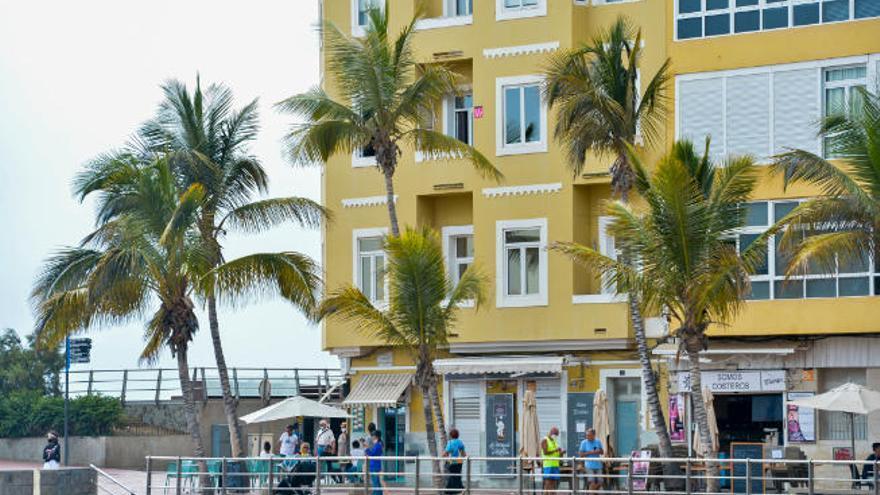 """Los hoteleros reclaman que se controle la """"apisonadora"""" del alquiler vacacional"""