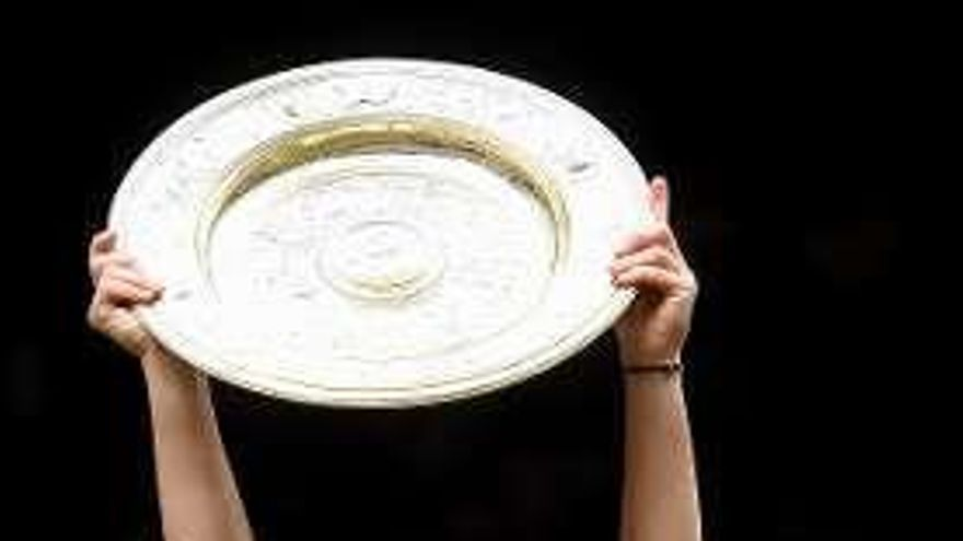 Halep impide que Serena Williams iguale a Court