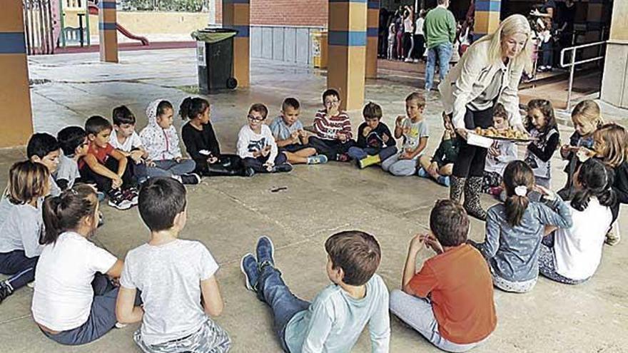 Les escoles celebren la festa de les Verges
