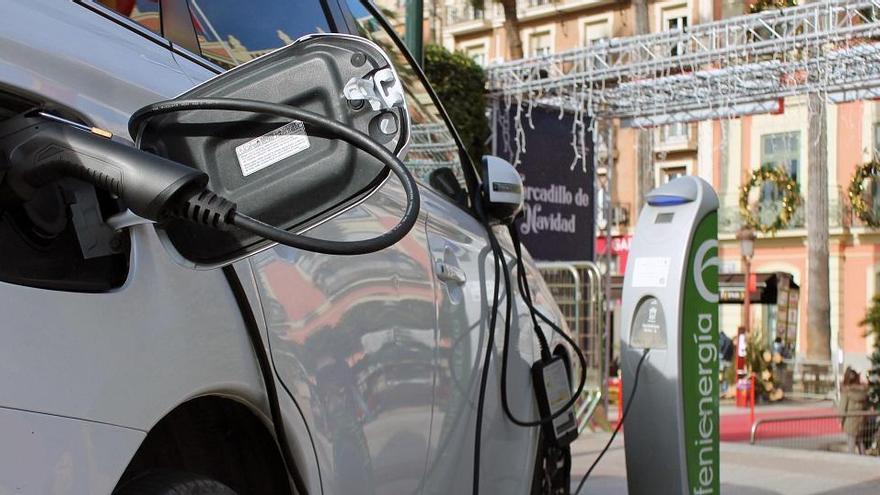 La Diputación instalará en toda la provincia 30 puntos de recarga para coches eléctricos