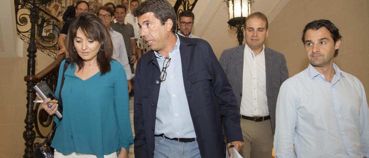 Un «sanedrín» de cinco diputados del PP y dos de Cs para dirigir la Diputación