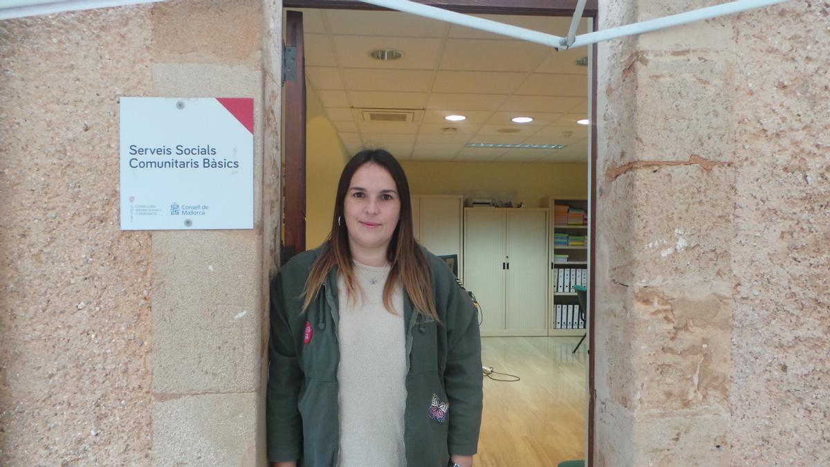 Xisca Castell, regidora de Servicios Sociales  de Andratx.