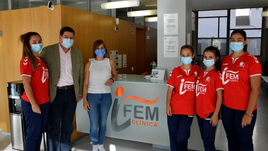 El Córdoba Balonmano suma fuerzas con la Clínica Ifem