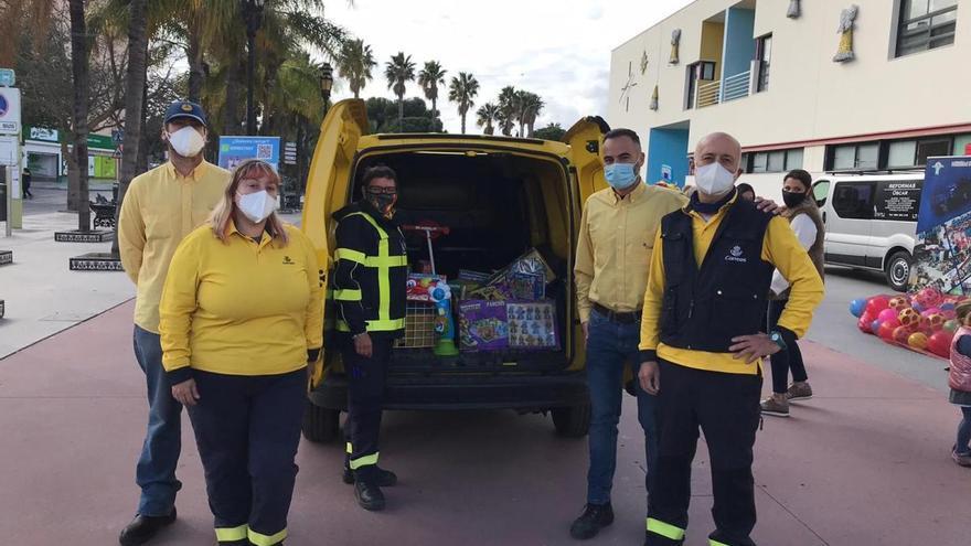 Empleados de Correos donan productos básicos a las Hermanitas de los Pobres