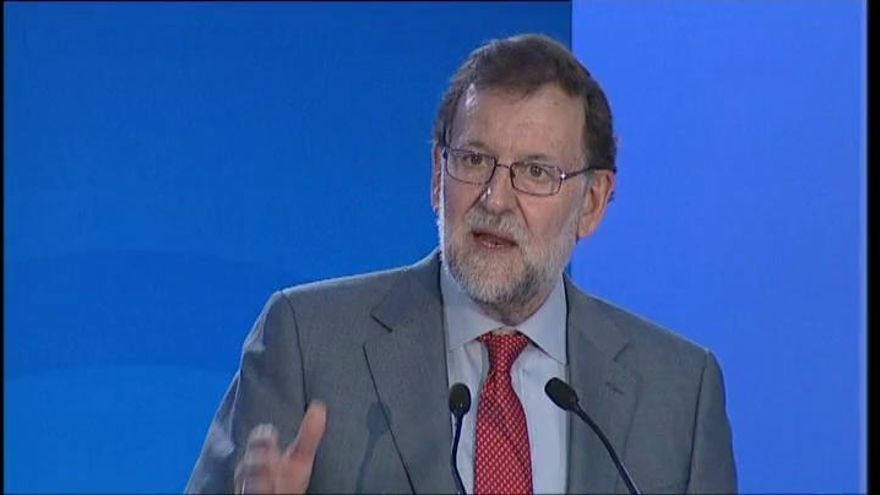 """Rajoy: """"Lo que quiere Sánchez no lo permite la razón"""""""