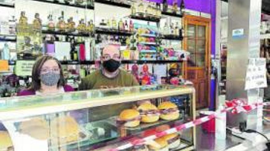 """El """"argayón"""" pone al límite los negocios de La Espina, sin visitantes ni transportistas"""