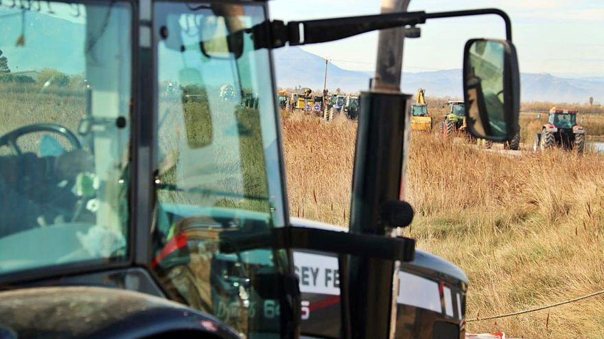 Unió de Pagesos vol que la inspecció de vehicles agrícoles sigui de franc