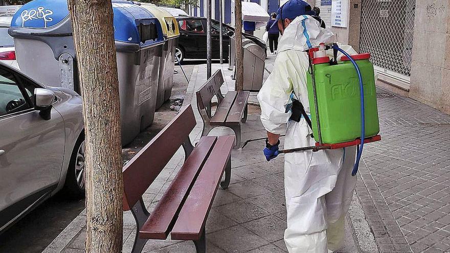 Ourense no frena el virus y Sanidade limita las reuniones a cinco personas en toda la ciudad