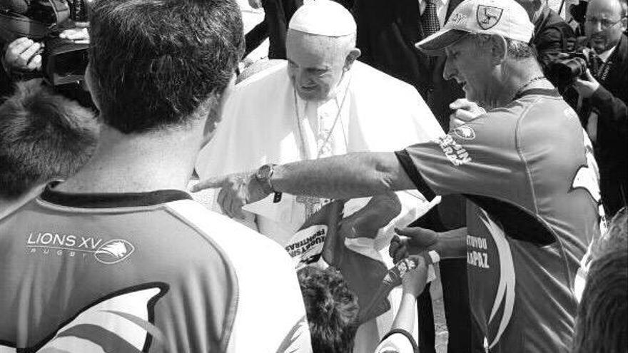 """Un superviviente del 'Milagro de los Andes': """"Gracias a Dios éramos un equipo de rugby y teníamos valores para esa batalla"""""""