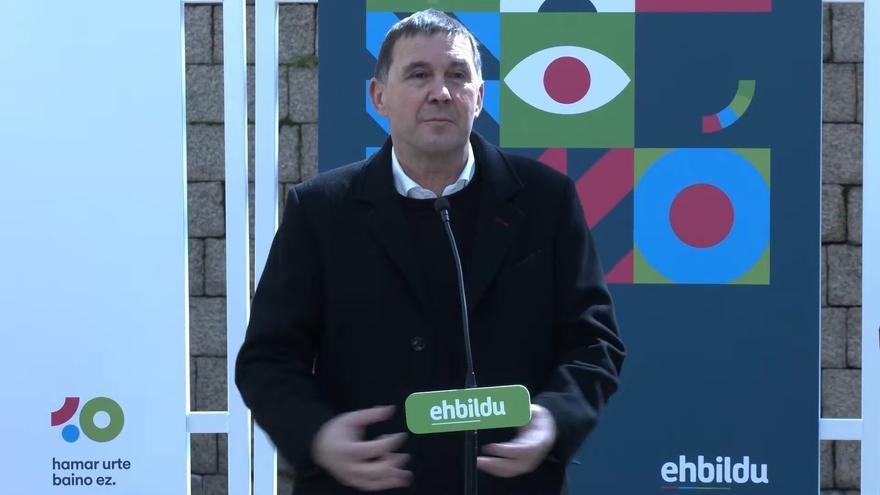 Otegi denuncia su bloqueo en redes sociales por sus comentarios ante el cofundador de ETA