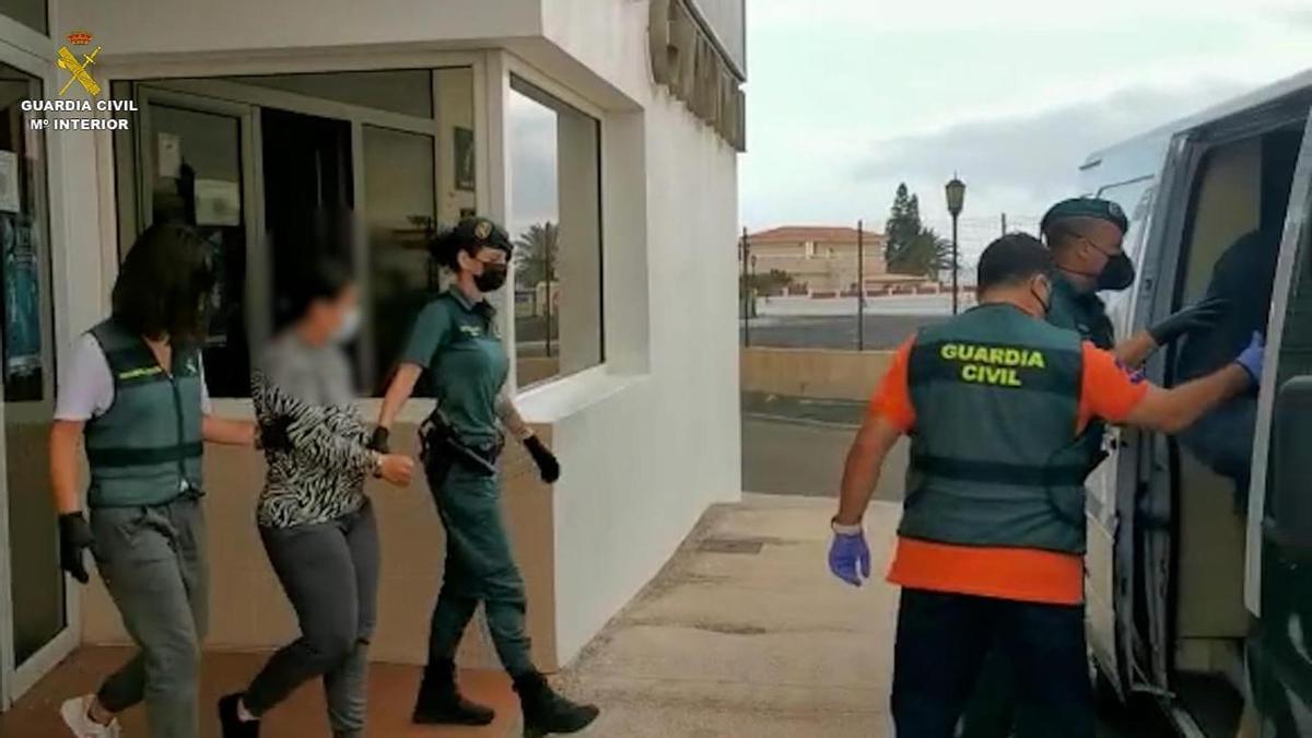 """La mujer detenida por los robos mediante el método del """"abrazo cariñoso"""" en Fuerteventura."""