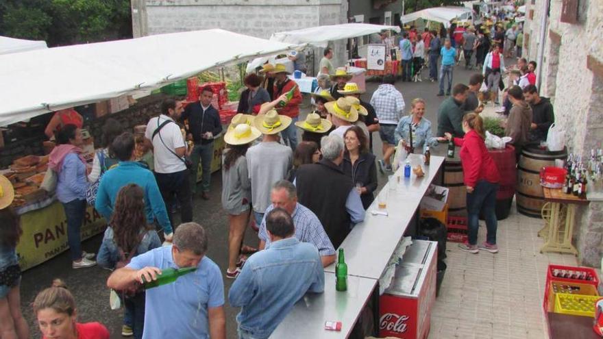 Ribadesella celebra mañana la XVII Feria de Quesos Artesanos