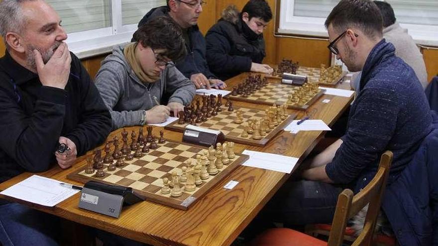 Las favoritos hacen tablas en la cuarta ronda del Torneo Aninovo Barrocás