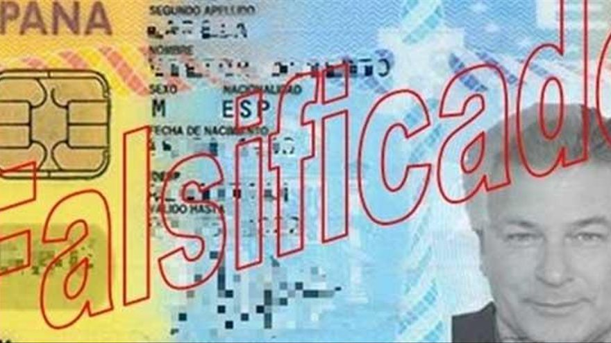 Detenido en Oviedo por estafar con un DNI falso con la foto de Alec Baldwin