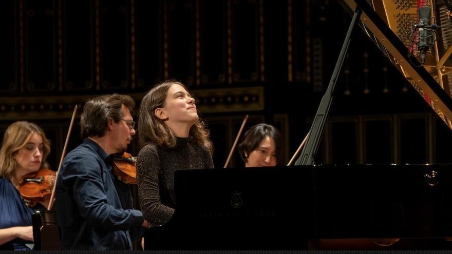 Premios del I Concurso Internacional de Piano del Centro Franz Liszt de La Nucía