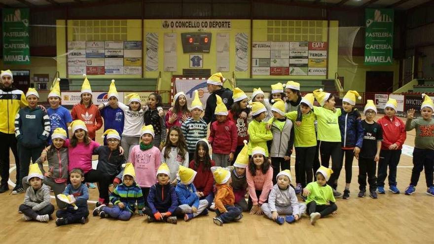 Fiesta de las escuelas del CD San Paio en el Coto Ferreiro