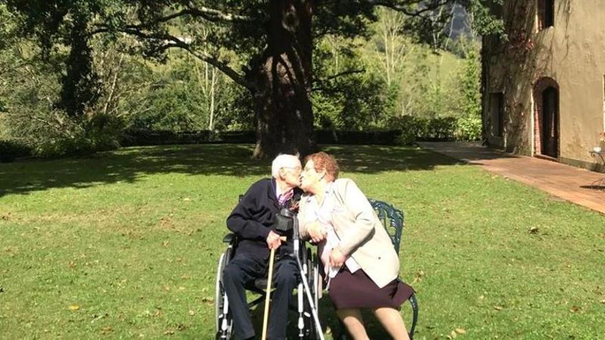 """La receta de César y Alicia para cumplir 75 años de matrimonio: """"Amor, entrega, lealtad y temple"""""""