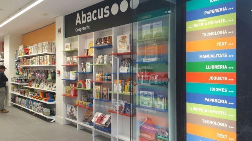 Abacus, suport a escoles i famílies