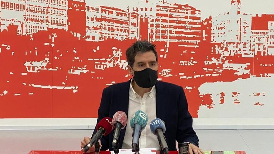 """El PSOE cuestiona el """"ecopostureo"""" de la Xunta y exige que no rebaje las tasas industriales por contaminación"""